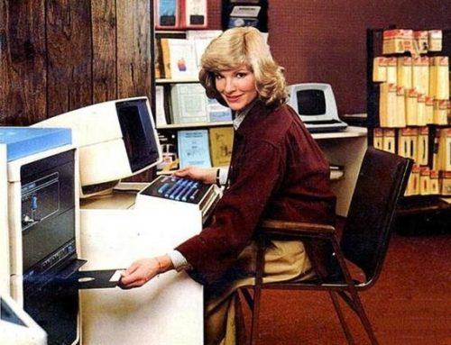 1980s Secretary